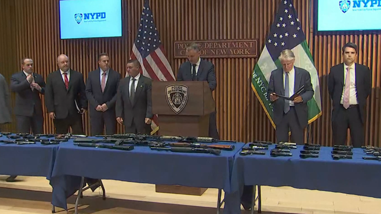 DA: 3 Tennesseans arrested after NYPD busts Manhattan doorman selling guns trafficked from TN
