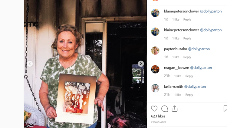 Dolly Parton photo burned in Farragut fire