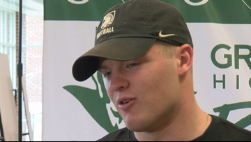 Greeneville players sign early