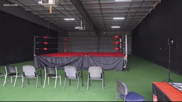 Mayor Jacobs invests in new wrestling school in Knoxville