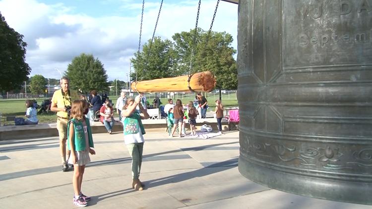 Oak Ridge Friendship Bell rings for International Day of Peace