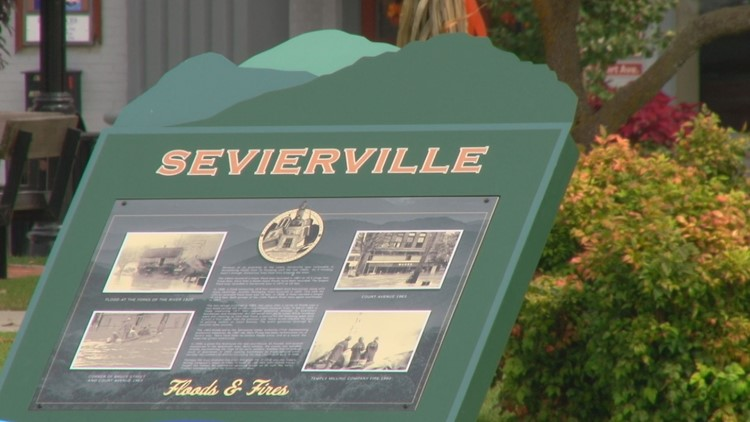 As Sevierville's population grows, it may allow food trucks and additional housing