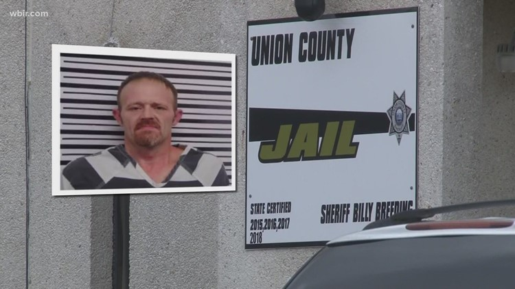 Homeowner used belt to catch escaped inmate