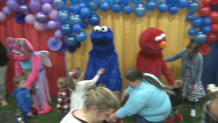 The Sesame Street 50th Birthday Bash brings together characters and kids