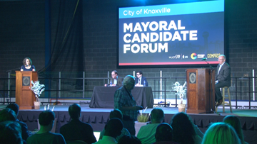 Knoxville's mayoral candidates face off in forum as early voters prepare to head to the polls