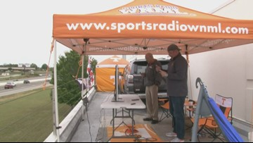 Radio host is able to come down from roof after Vols victory against Mississippi State