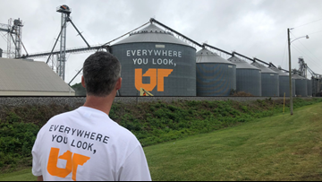 UT partners with alumni to paint murals across Tennessee
