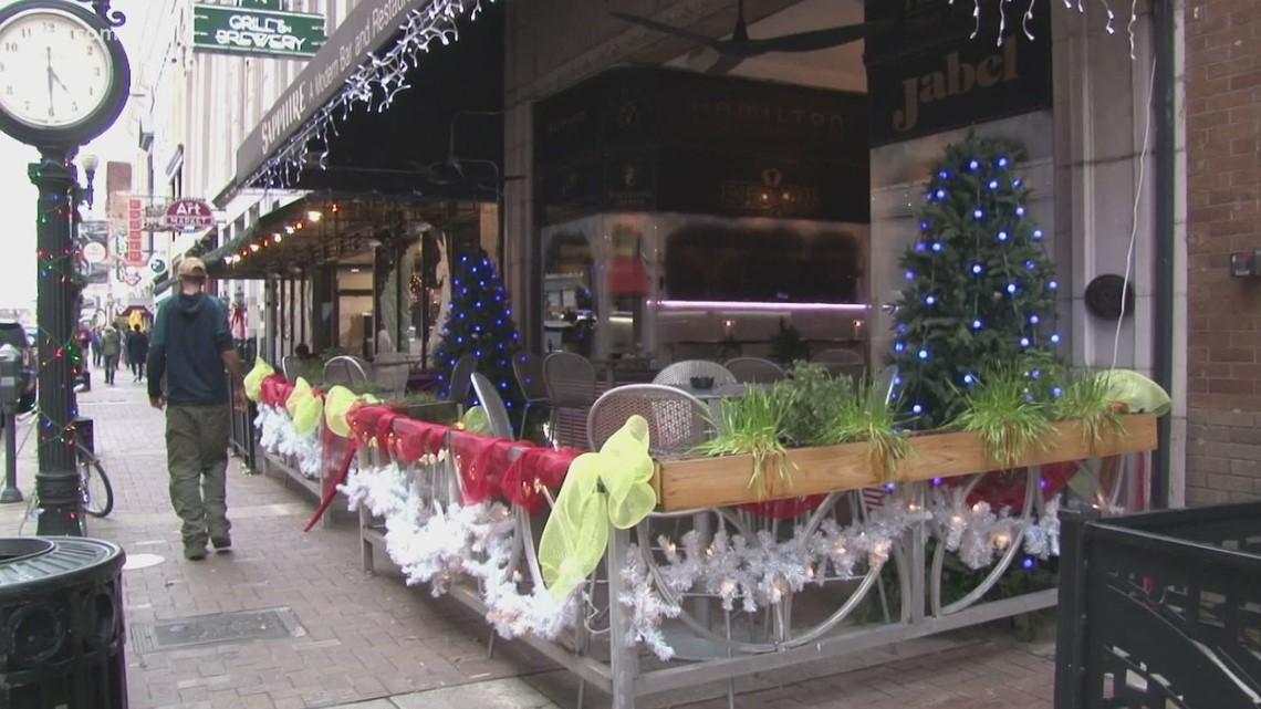 Miracle pop-up Christmas bar opens today   wbir.com