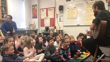 Embracing 'lucky fins' and other differences: musician visits Maine elementary school to teach about overcoming obstacles