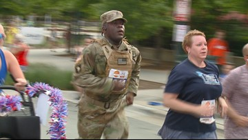 'I've Known Folks Who've Died for That Flag.' Soldier Completes Freedom Run in Full Gear, Carrying American Flag