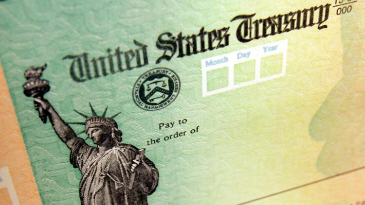 El IRS podría ajustar el pago de estímulo cuando haga su declaración de impuestos