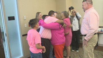 'I just feel like she's right here with us': Family of Kentucky teen killed in crash meets recipient of her heart