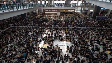 Hong Kong airport shuts down amid pro-democracy protest