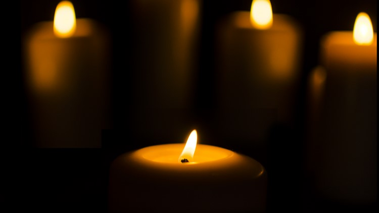 Knoxville community lights candles to remember lives lost during the Holocaust